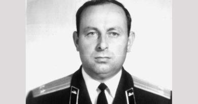 Генерал-майор Виктор Вакар