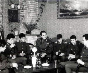 Беседа за чашкой чая с лучшими курсантами и солдатами МВВПОУ