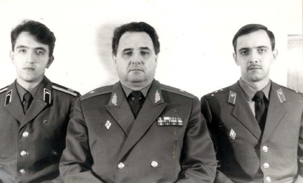 В. Бамбуров с сыновьями Сергеем и Андреем
