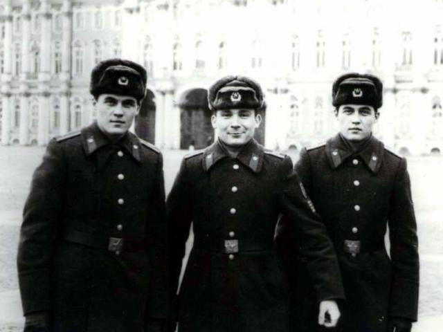 Курсанты Минского ВВПОУ