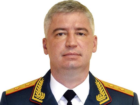 Генерал-лейтенант Кутровский Игорь Владимирович